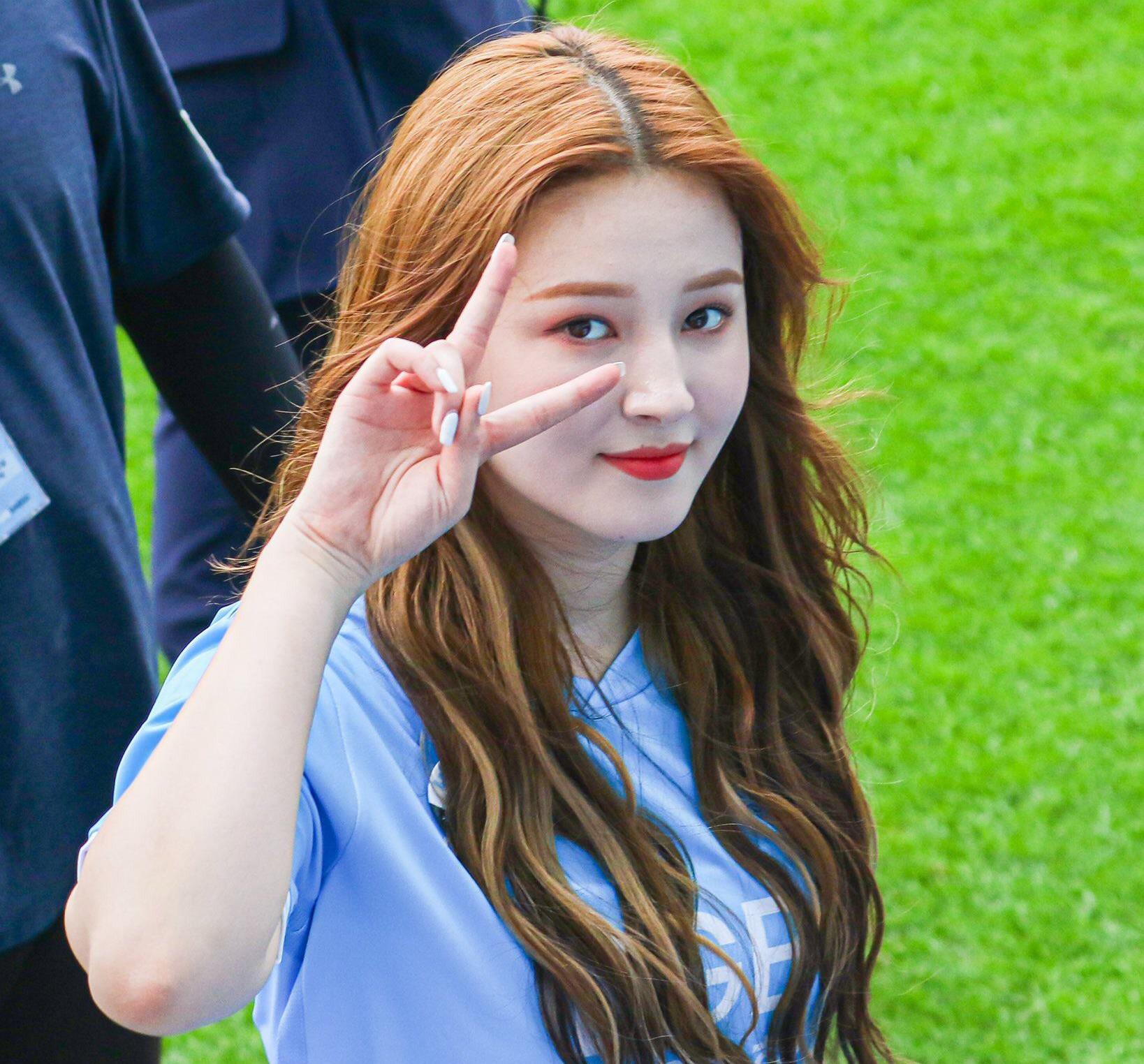 nancy_momoland_images