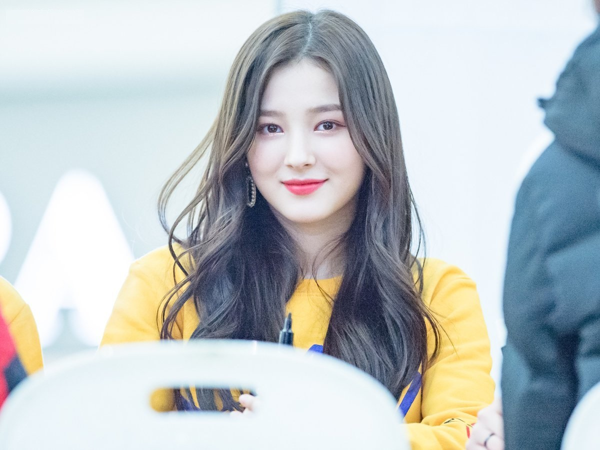 nancy_momoland_wallpapers