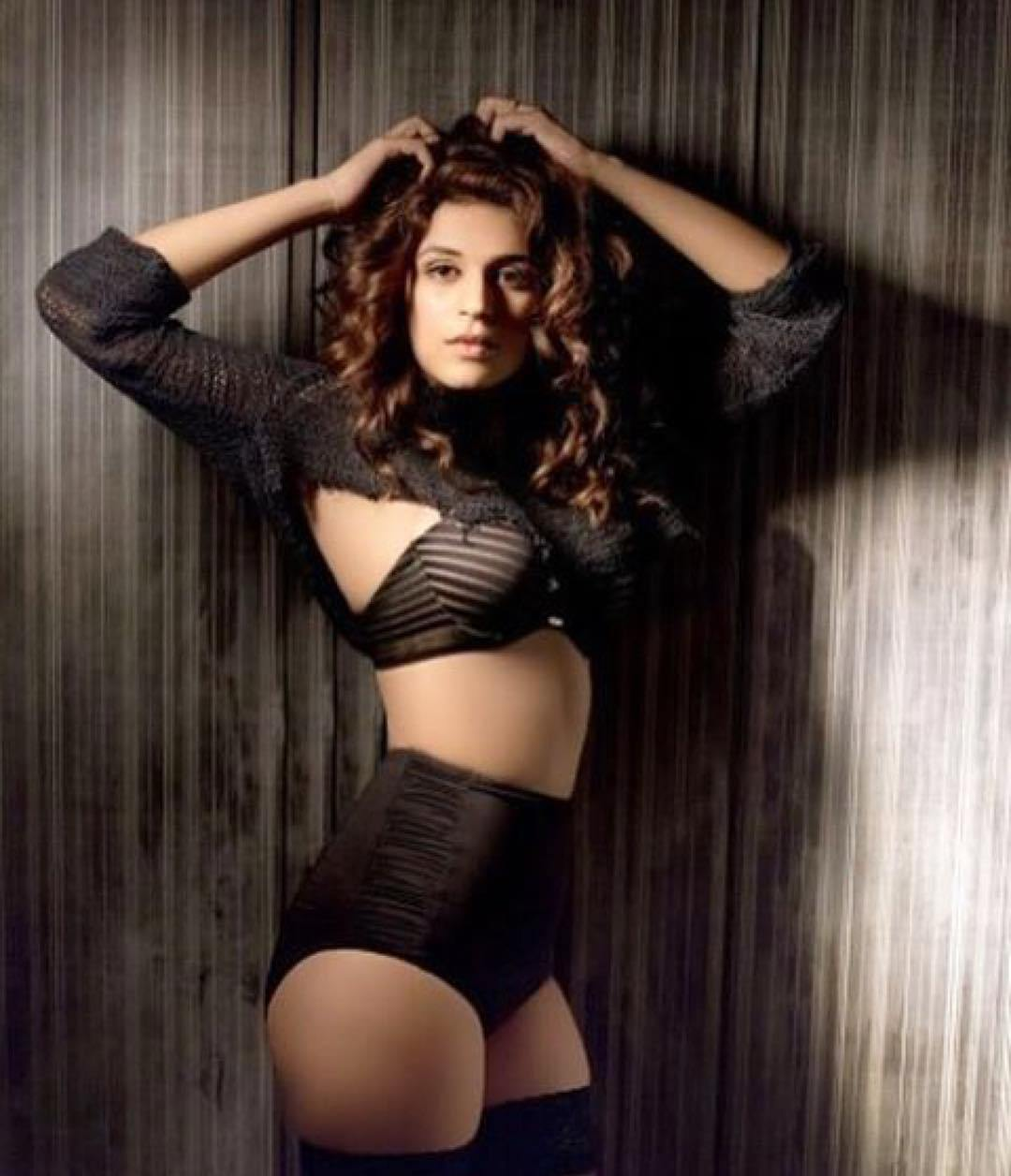 shraddha-das-hot-pictures