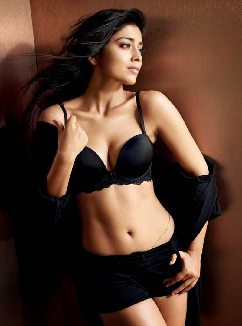 shriya_saran_hot_navel_photos